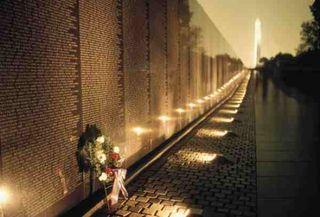 1257916180vietnam-war-memorial